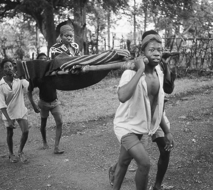 ©Charles Henneghien – Ambulance locale (Rwanda)