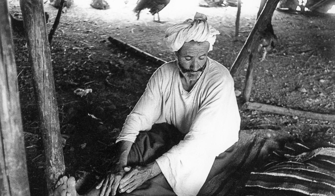 © Charles Henneghien – Sous la tente, chez les pasteurs nomades de l'Oriental marocain